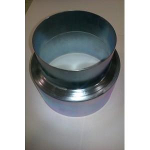Manguito reductor galvanizado de 12 a 11 cm.