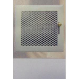Rejilla ventilación con premarco de 15x15 cm regulable.