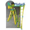 Escalera telescópica Plabell de acero.